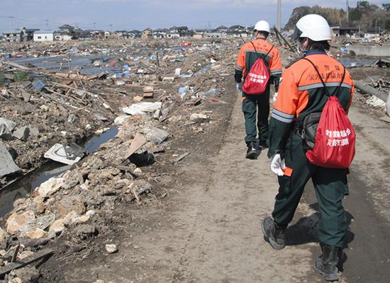 愛知県警備業協会の「災害支援協力隊」メンバーとして、被災地域での支援活動に従事