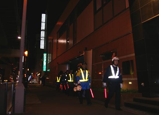 「北区警備業者防犯協力会」の会長会社として、警察と協力し防犯警戒活動を実施
