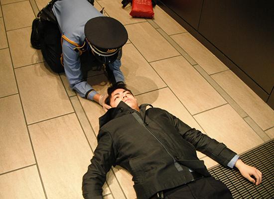 さまざまな場面における救護のトレーニングを提供。安全大会や全体会議の教養科目としても。